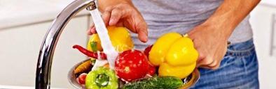 در دوران شیوع COVID-19 میوهها و سبزیجات را چطور ضدعفونی کنیم؟